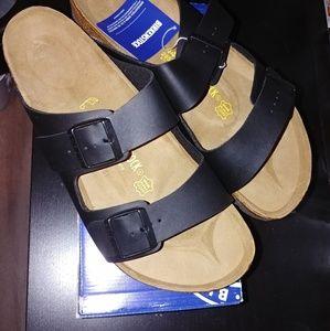 Birkenstock black sandals size 11